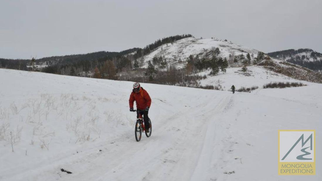 Mongolian winter bike tour