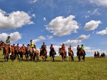 Sights and Sounds of Mongolia Jeep Tour
